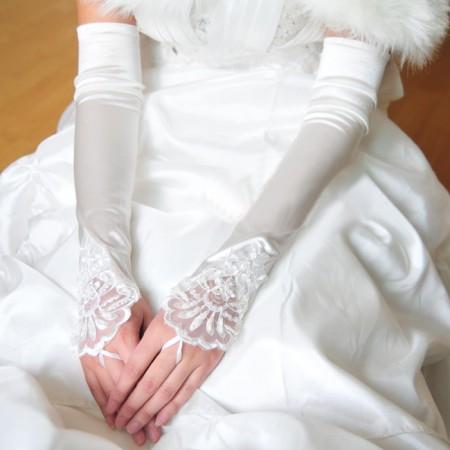 Ladies 20s White Gloves Over Elbow Length